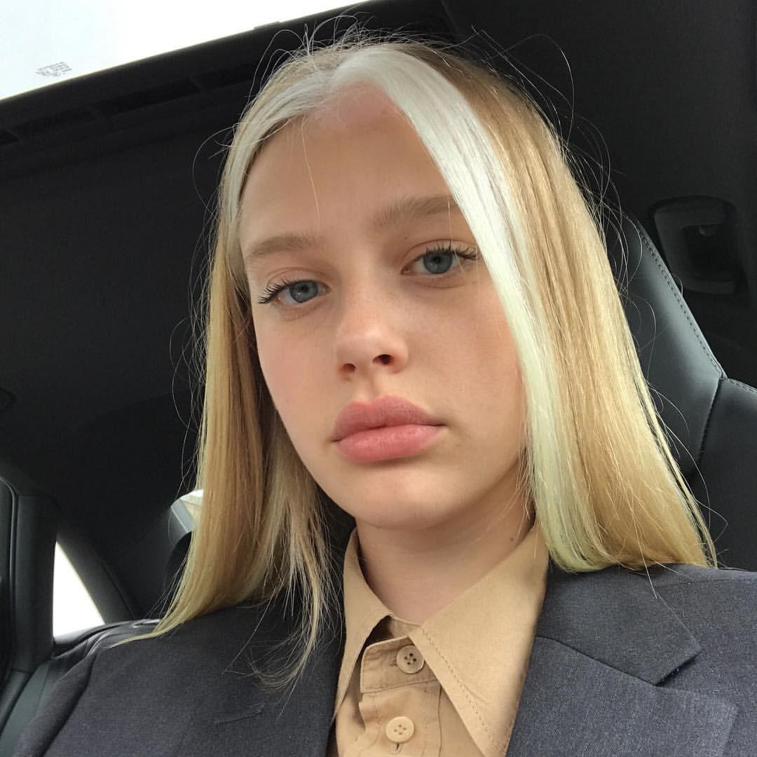 Blondierung Strähne Haare? (Haarfarbe, Haare färben)