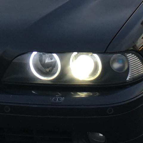 Mit xenon  - (Auto, KFZ, BMW)
