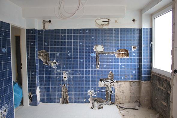 Fußboden Dämmen Ohne Estrich ~ Boden wie füllen glaswolle mit zementmörtel estrich beton