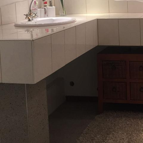 bodenalternative badezimmer boden kieselstein. Black Bedroom Furniture Sets. Home Design Ideas