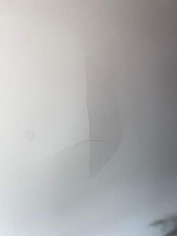 Bohrer kam bis zur anderen Seite der Wand, was ist zu tun?