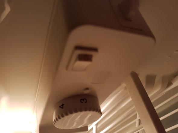 Siemens Kühlschrank Licht Geht Nicht Aus : Bosch kühlschrank? technik elektrik kippschalter