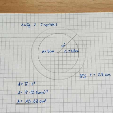 Das ist das was ich schon habe jetzt brauche ich aber nur noch den Flächeninhalt - (Mathe, Mathematik, Hausaufgaben)