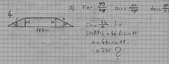 Das ist meine Rechnung (falsch) (will keine lösung nur meinen fehler) - (Mathe, Rechnung, Sinus)