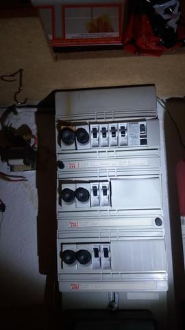 Sicherungskasten - (Strom, Elektrik, Sicherung)