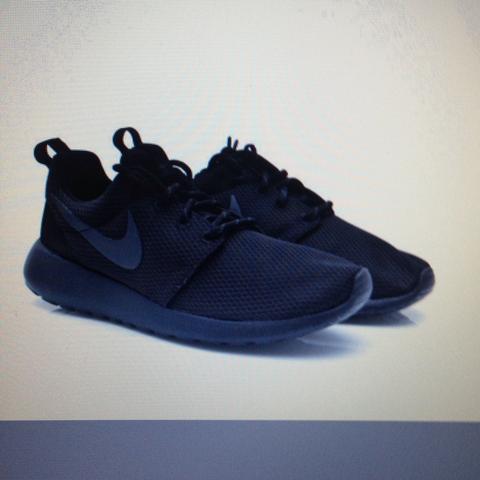 rosherun - (Nike, Jordan, MAX)
