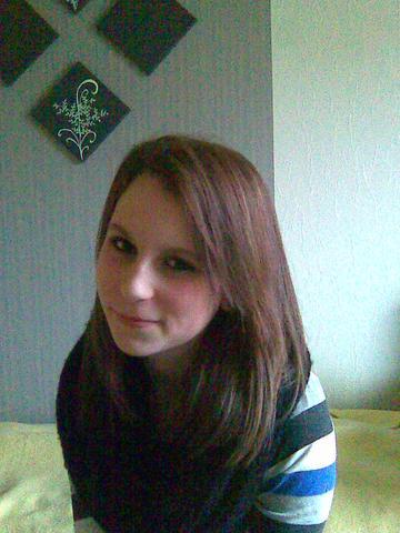 zwar etwas älter aber so ist meine naturhaarfarbe - (Haare, Farbe, blond)
