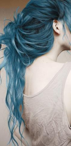 Braune Haare Blau Tonen Blondierung Rosa