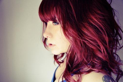 Braune haare mit directions rot farben