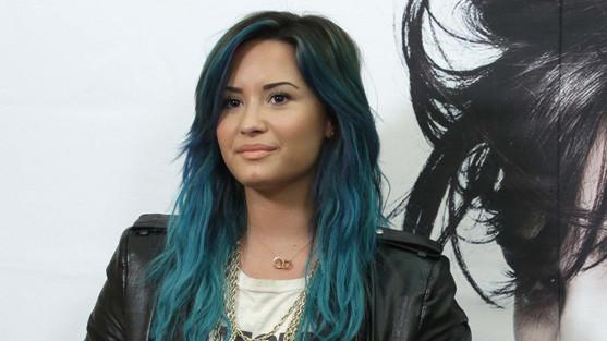 Braune Spitzen Blau Färben Haare Haarfarbe Braun