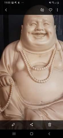 Buddha statue aus Elfenbein ca. 2 kg schwer. Was kann ich dafür verlangen.???Wü mich freuen, auf Hilfe?