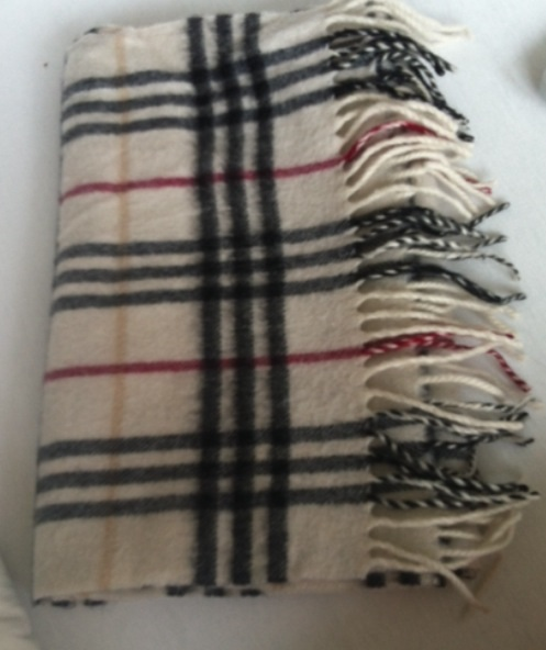 burberry schal fake oder echt faelschung echtheit cashmere. Black Bedroom Furniture Sets. Home Design Ideas