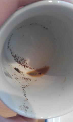 Cafissimo jedes mal Kaffeesatz in der Tasse