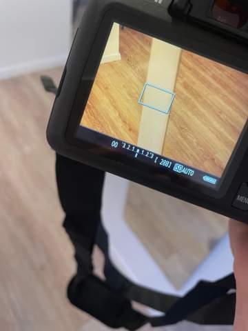 Canon EOS 2000d immer leichter Gelbstich, warum und wie bekommt man den Weg?