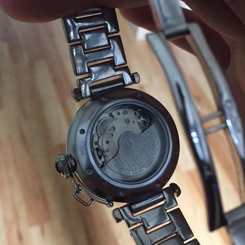 Uhr 2 - (Uhr, echt, Replica)
