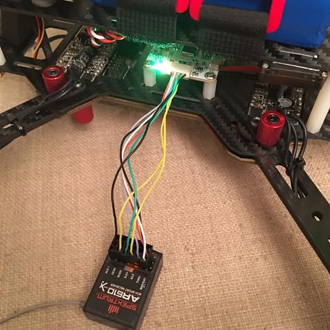Leuchtet Orange und blinkt grün  - (Modellbau, Drohne, RC)