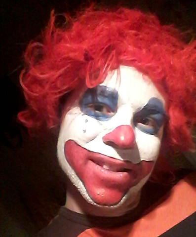 Clown Face An Fasching Siehe Foto Konnen Wir So Geschminkt Mit