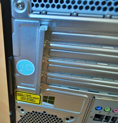 Was mir der blaue Sticker sagen will weiß ich auch nicht :D - (Computer, PC, Computer öffnen)