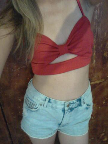 rot - (Mode, Meinung, Fashion)