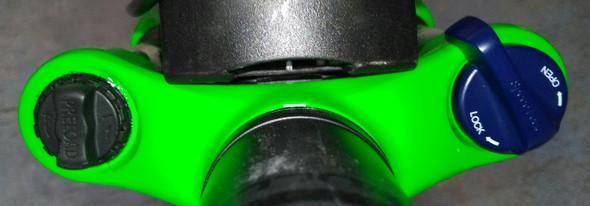 """auf dem schwarzen steht """"Preload"""" - (Fahrrad, MTB, Rad)"""