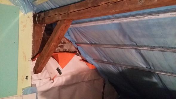 dampfsperre trifft unterspannbahn trockenbau dachausbau. Black Bedroom Furniture Sets. Home Design Ideas