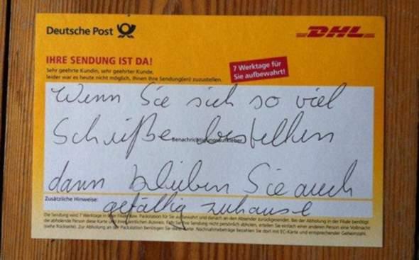 Darf ein Postbote sowas schreiben?