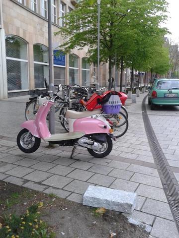 Parken - (Verkehrsrecht, parken, Mofaroller)