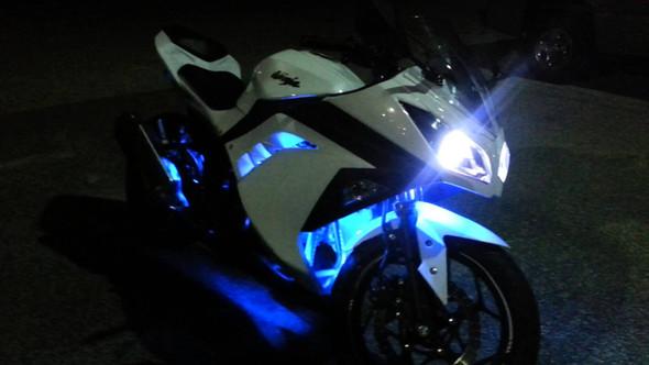 Darf man LED-Lichter an Motorrädern anbringen? (Motorrad)