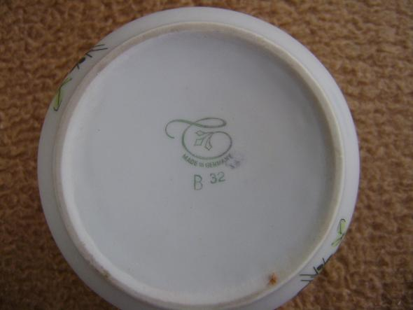 Stempel 1 - (Haushalt, Porzellan, Stempel)
