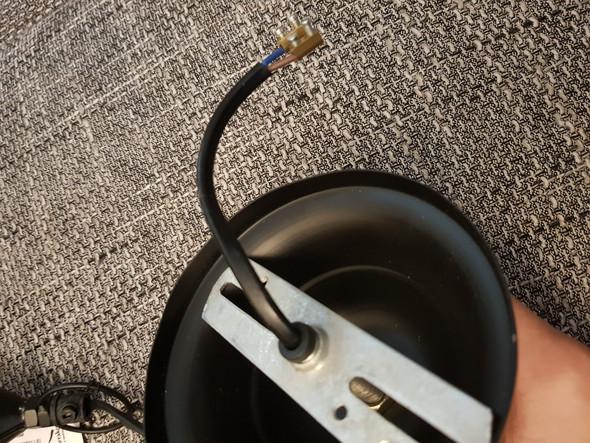 Deckenlampe: Was macht man mit dem Erdungskabel, wenn die Lampe ...