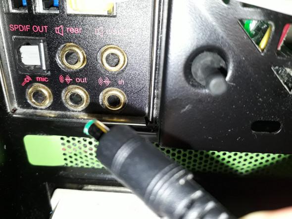 Der Kabelanschluss vom Lautsprecher ist mir abgebrochen, was tun?