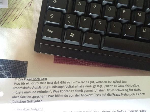 Hausi - (Schule, deutsch, Religion)