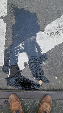ölfleck - (Umwelt, Strassenverkehr, Feuerwehr)