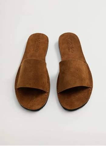 Die sandalen im sommer 21 tragen? Zb zur schule uni oder chillen mit oder ohne Socken? Bin 24 uns ein junge?