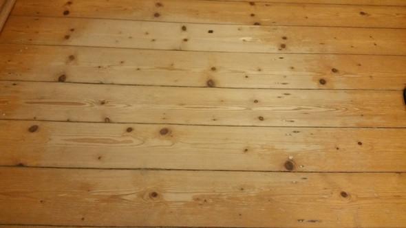 Fußboden Lack ~ Dielen kaputt in mietwohnung lack fussboden dielenboden