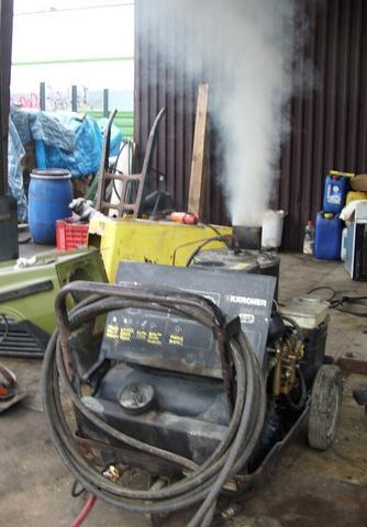 Diesel-Dampfstrahler/Hochdruckreiniger Kärcher HDS 810 qualmt sehr stark + heizt kaum?
