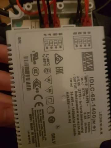 Dimmer an LED anschließen / Stromausgang?