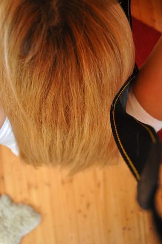 Haare - (Haare, blondieren, Dip Dye)