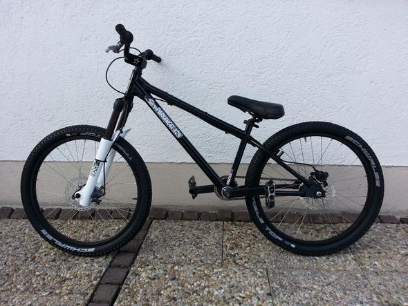 Dirtbike die teile außer der rahmen sollen erhalten bleiben - (Fahrrad, Mountainbike, Umbau)