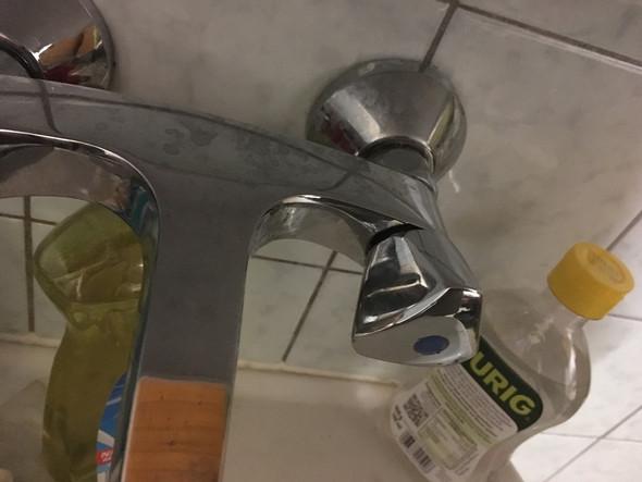Drehgriff Abnehmen Wasser Kalk Wasserhahn