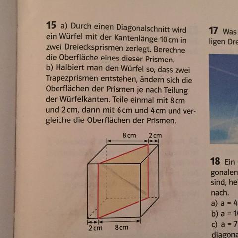 Aufjedenfall aufteilen in 2 Dreiecke - (Mathe, Dreieck, Würfel)