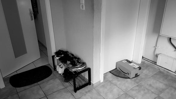 Dürfen Schuhe Vor UNSERER Tür Stehen? (Streit, Umfrage