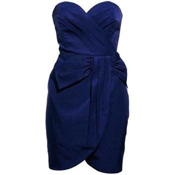 dunkel blaues kleid aber welche schuhe kleidung farbe. Black Bedroom Furniture Sets. Home Design Ideas