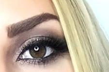 Dunkle Augenbrauen Blonde Haare Augenbrauen Färben Oder Schminken