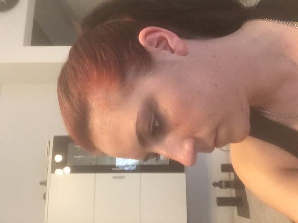 Jetzige Farbe  - (färben, Rote Haare, Majicontrast)