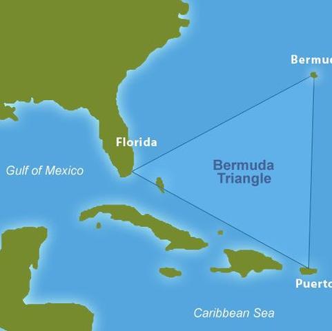 Bermudadreieck 3 - (Urlaub, Reise, Flugzeug)