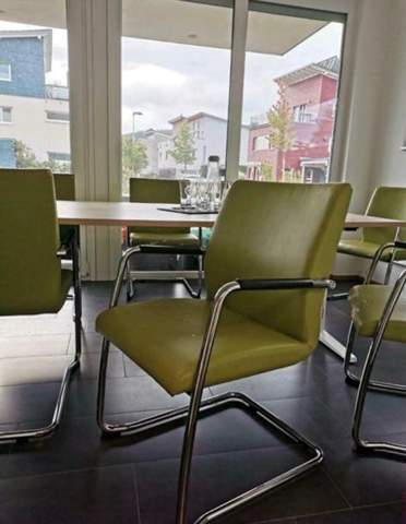Edelstahl Stühle Gold lackieren?