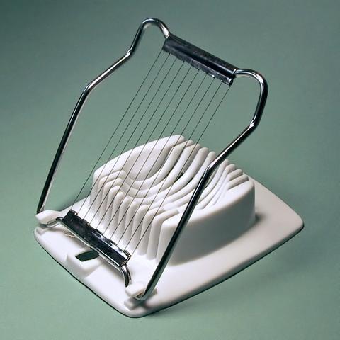 eierquetscher wo kann man die eigentlich kaufen. Black Bedroom Furniture Sets. Home Design Ideas