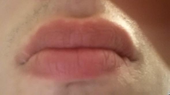 Das bild :/ - (rasieren, Lippe, Mund)