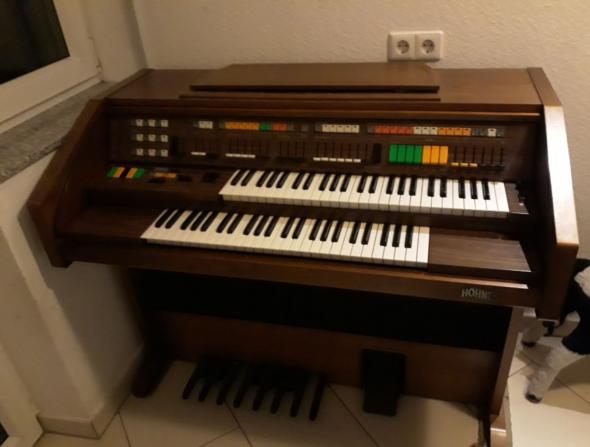 Elektrische Orgel verschenken?